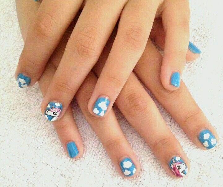 #nails #nail #nailart #naildesign #unicorn #unicornnails #rainbow #blue #clouds