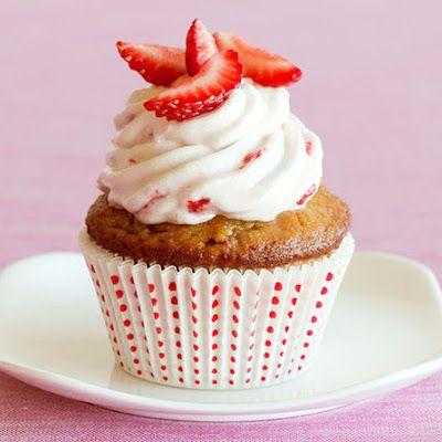Strawberry Daiquiri Cupcakes @keyingredient