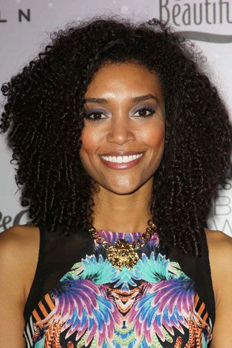 I LOVE this look on African-American women. It looks beautiful. I wish I could do that.