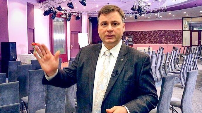 Приветствую вас из Минска, Беларусь, где скоро состоится наш самый популярный тренинг ПРОРЫВ К УСПЕХУ™, а сегодня прошел мастер-класс РАЗБУДИ В СЕБЕ ГЕНИЯ™.  ПРОБЛЕМА ТЕРРОРИЗМА  Сегодня я хочу рассказать вам не о гениальности и Шедевре Собственной Жизни. События, которые произошли в последние две недели, заставили меня задуматься о том, как вообще спасти себя и жизнь своих родных и близких. Я, возможно, не затронул бы эту тему, если бы не теракты в Санкт-Петербурге и Стокгольме (Швеция), а…