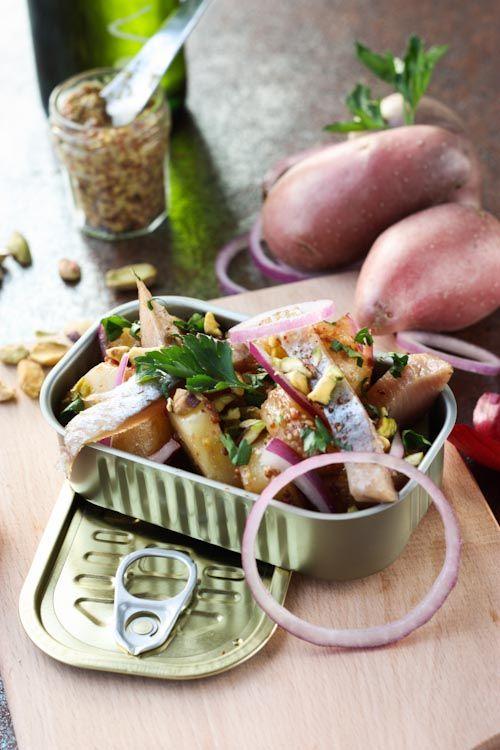 Salade de hareng fumés, pomme de terre et pistache