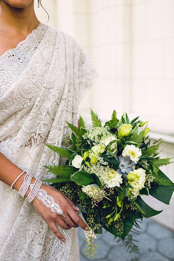 green wedding bouquet - photo by danfredo photos + films http://ruffledblog.com/prospect-park-boathouse-wedding