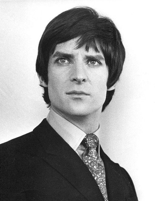 Jeremy Brett gorgeous from start to finish.  And oh what a fine actor.