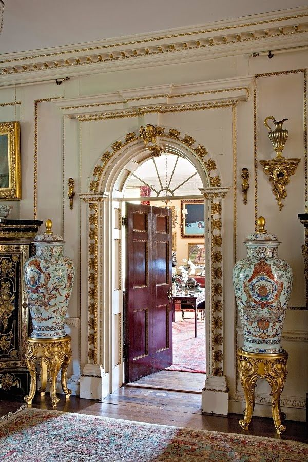 From james pell s rizzoli book the english country house for What does canape mean in french