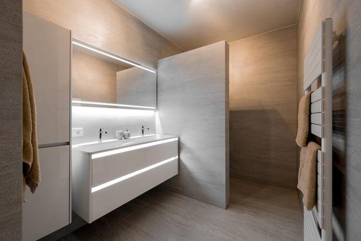 25 beste idee n over rustieke badkamers op pinterest landelijke badkamers rustieke douche en - Badkamer organisatie ...