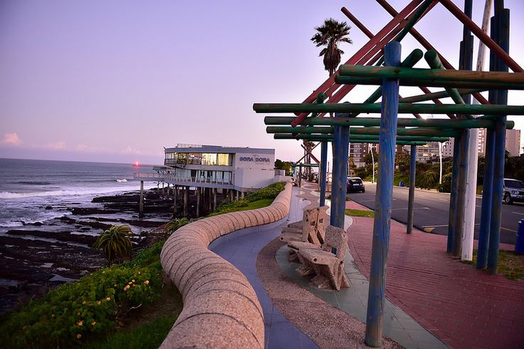 East London, Eastern Cape, South Africa   by South African Tourism