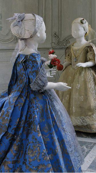 Les Filles de Charles Emmanuel III, vers 1730, paper dresses by Isabella de Borchagrave