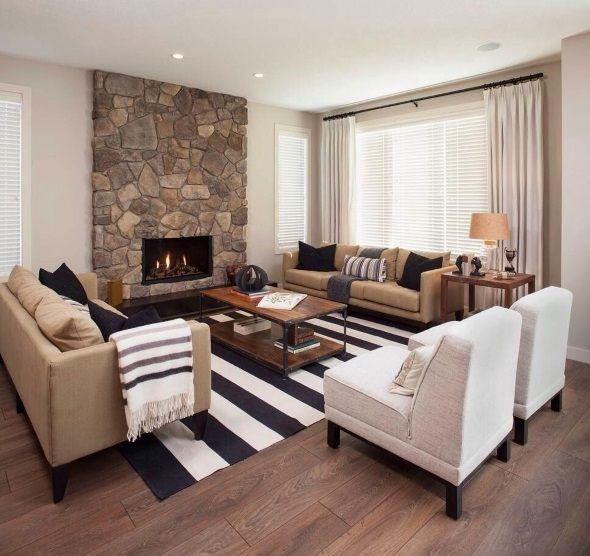 Дизайн гостиной в современном стиле с симметрией