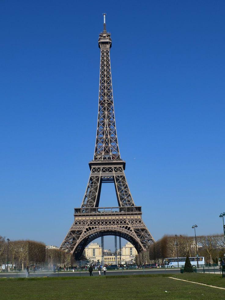 632 best architecture of paris images on pinterest for Eiffel architect