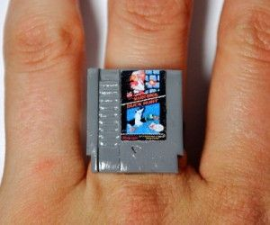 nintendo nes cartridge ring by jess firsoff.  This is glorious :)