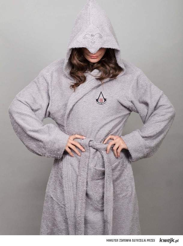 Assassin's dressing-gown