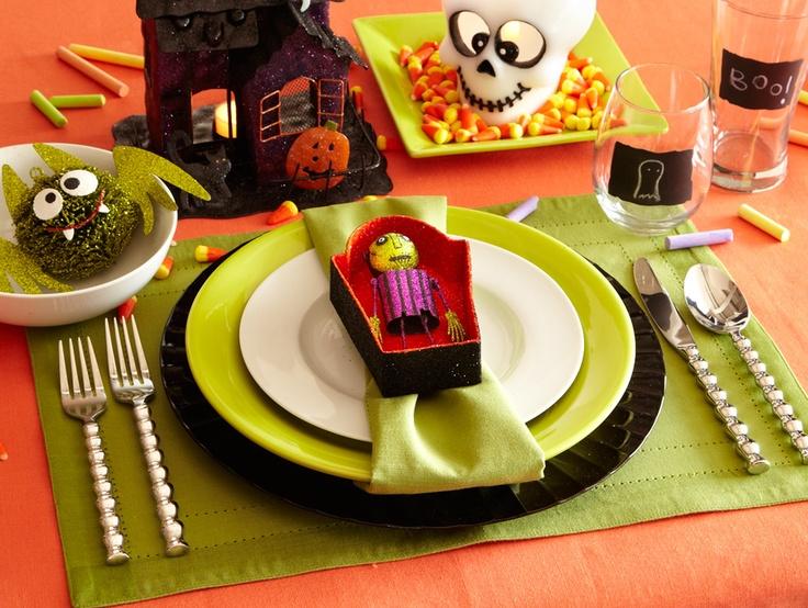 kids halloween table setting featuring pier 1 essentials ceramic dinnerware - Pier One Halloween