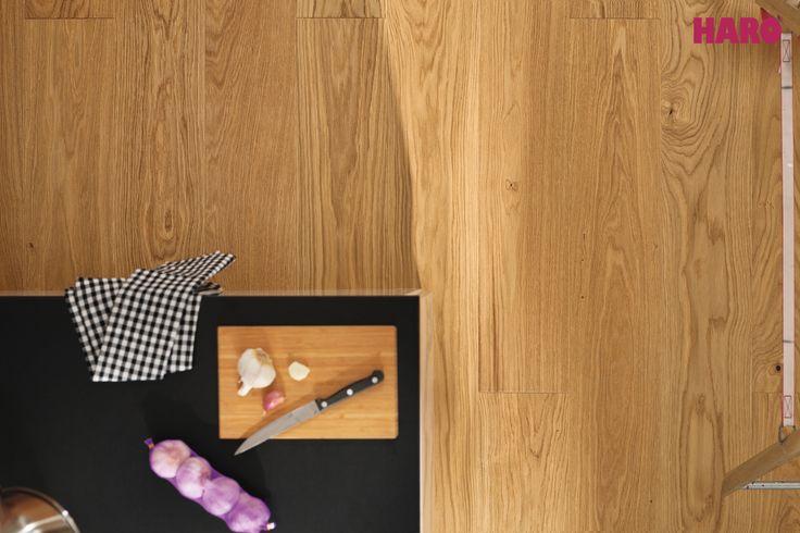 Surfaces with the most natural feel ever  #timberflooring Plank 1-Strip OAK EXKLUSIV brushed #woodflooring #oak #madeingermany   www.haro.co.nz  #PEFC #ecofriendly #sustainability #hardwearing #easytomaintain #moistureprotection #underfloorheating #naturaloil #wideplank #naturalproducts #homedecor #interiordesign #qualityflooring #realwood #inspiredbynature