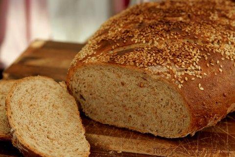 Chleb sezamowy na maślance