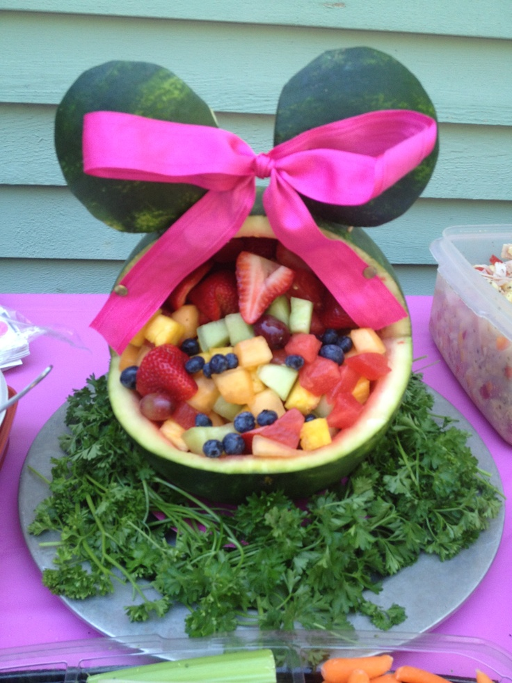 Minnie mouse fruit bowl fruitsalad minniemouse for Baby tray decoration
