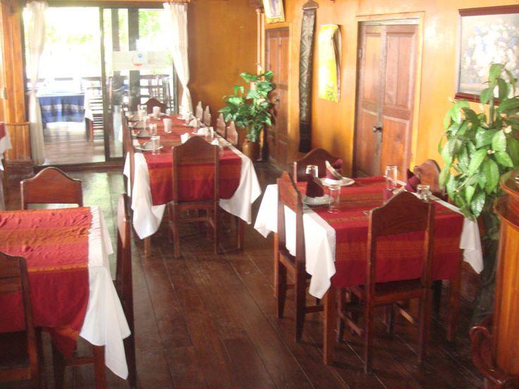 夕食:PAK HOUY MIXAY パークフアイミーサイ(ラオス料理)(STD) http://www.toursystem.biz/tours/edit/823