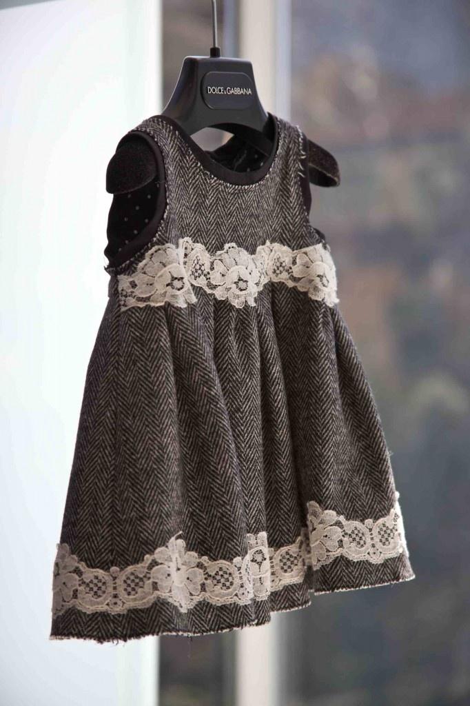 Gran mezcla de encajes y tweed para los más pequeños de Dolce & Gabbana de invierno 2012