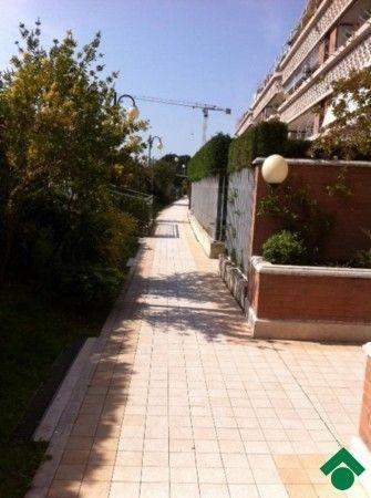 Vendita Appartamento Roma. Bilocale, Posto auto, terrazza, riscaldamento autonomo