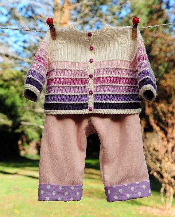 layette ensemble mérinos rose et blanc 1-3 mois brassière tricotée main et pantalon cousu main