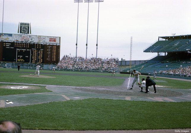 Metropolitan Stadium (Minnesota). Baltimore vs. Twins.
