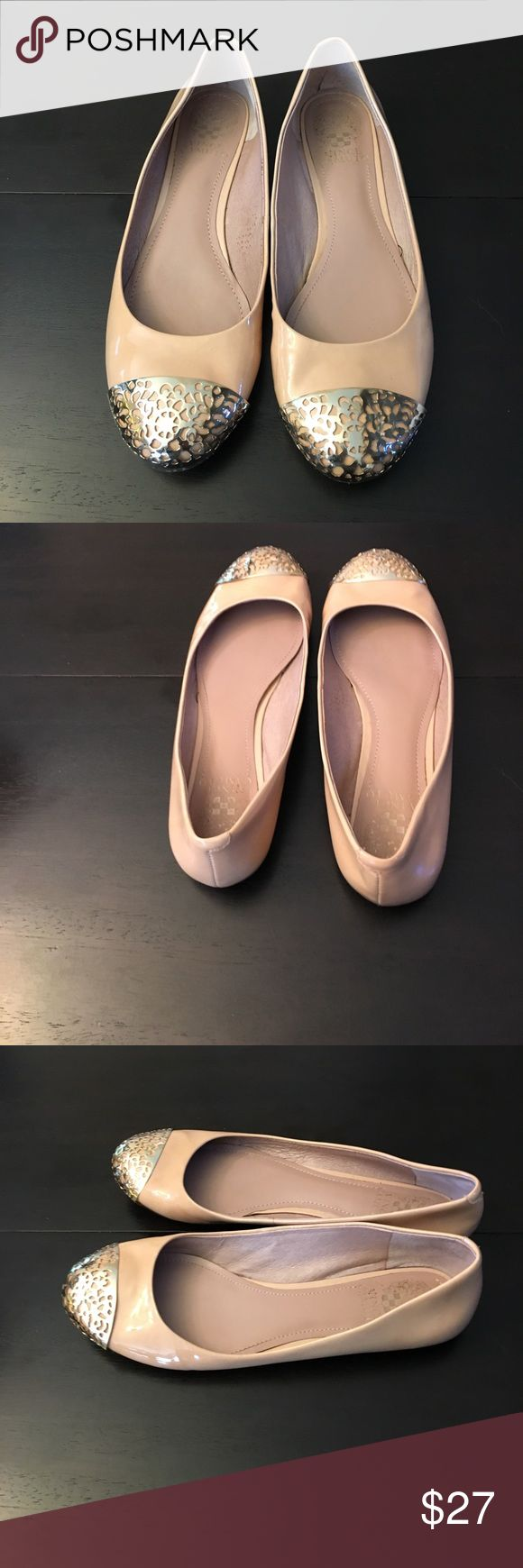 Vince Camuto Nude Flat With Gold Toe Detail. Nude Vince Camuto Flats With Golden Toe Accents. Size 7 1/2. Please See Ink Mark Shown In Pics. Thank You!🌞 Vince Camuto Shoes Flats & Loafers