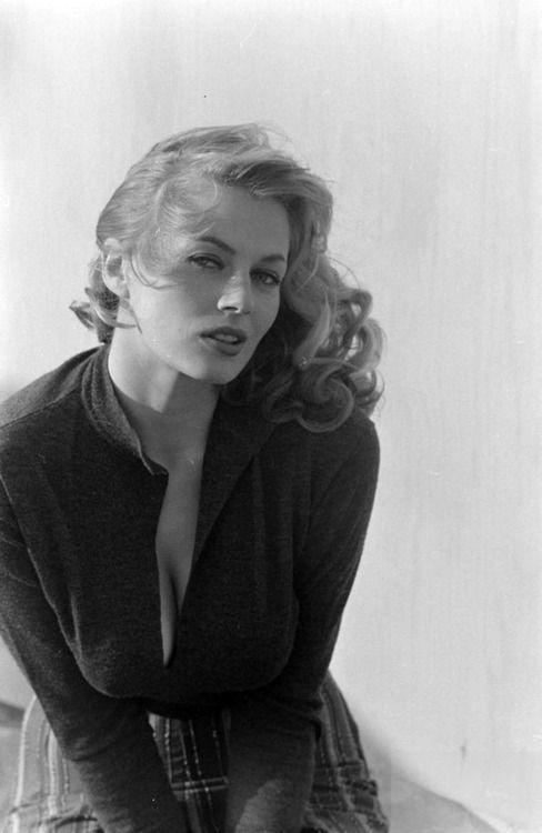 Anita Ekberg, 1950