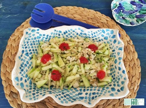 Mira que en casa se comen ensaladas, de hecho el blog lo tengo inundado; pero claro está, tenía que ser una nueva para el recetario q...