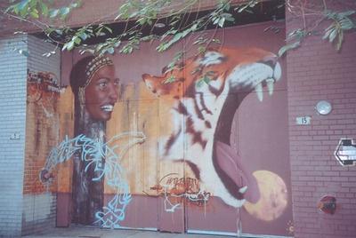 Murale de Monk-E pour la SAT à Montréal Raymond VigerDossiersArt mural,Réalisation murales Si vous circulez sur le boulevard Saint-Laurent entre le boulevard René-Lévesque et la rue Sainte-Catherine, allez trouver cette murale que Monk-E a conçu pour la Société des arts technologiques (SAT)!