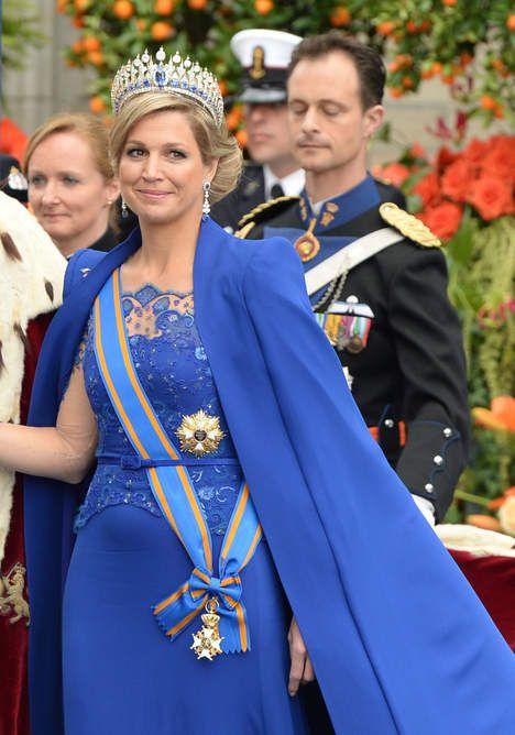 Máxima's koningsblauwe robe was dé jurk van de dag - Inhuldiging Willem-Alexander - VK