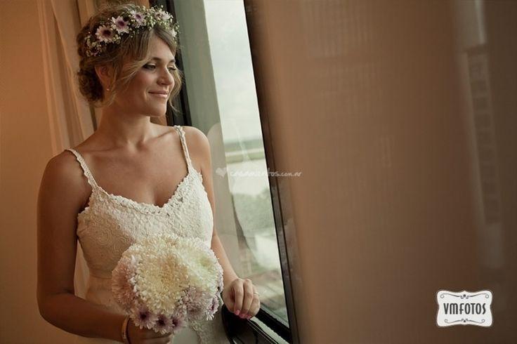 Peinados con coronas de flores: románticas y bohemias