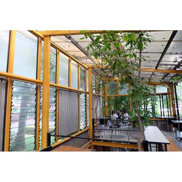 Ada yang udah pernah kesini. One of my favourite yet newly discovered place by my little sis.  More in : http://puarada.com/kedai-kebun-restaurant-jogja/  #jogja #yogyakarta #indonesia #travel #travelgram #instatraveling #travelingindonesia #vacation #tra (scheduled via http://www.tailwindapp.com?utm_source=pinterest&utm_medium=twpin&utm_content=post111771171&utm_campaign=scheduler_attribution)