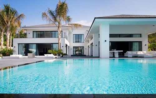 Location: Malaga, Andalucia, Spain  Property Sector: Residential Property        House      Villa    Bedrooms: 6  Bathrooms: 6  Price: GBP 6,671,640