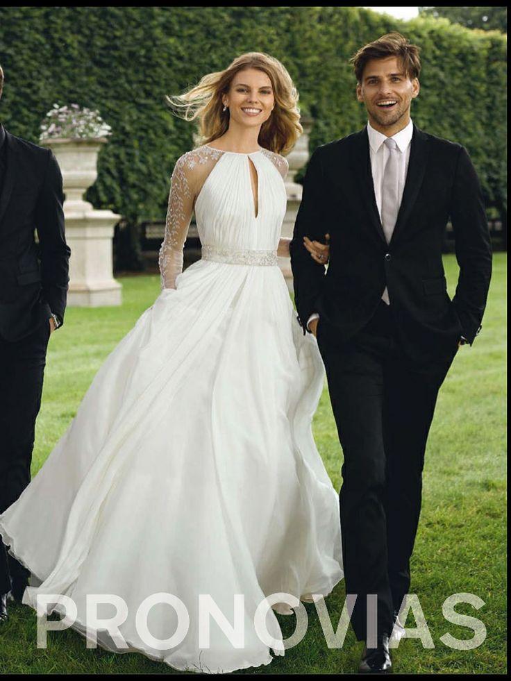 Pronovias - abito da sposa - wedding dress - white - pizzo - romantic - sexy - perfectday.it - weddingitalianstyle.co.uk