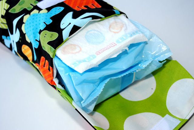 Diaper and Wipes Carrier Tutorial. Holds several diapers and a large pack of wipes and it's easy to make