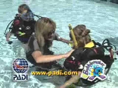 Kids and Scuba PADI Bubblemaker Experience