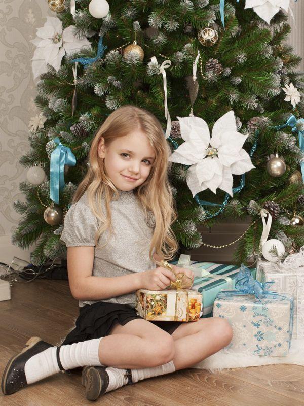 Детская новогодняя фотосессия в студии СПб. Фотограф Алла Писарева +7(951) 658-33-38