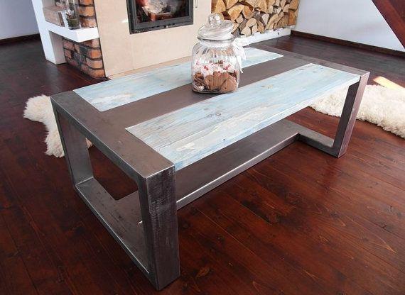Table basse industrielle en acier et rustique à par DesignInFocus