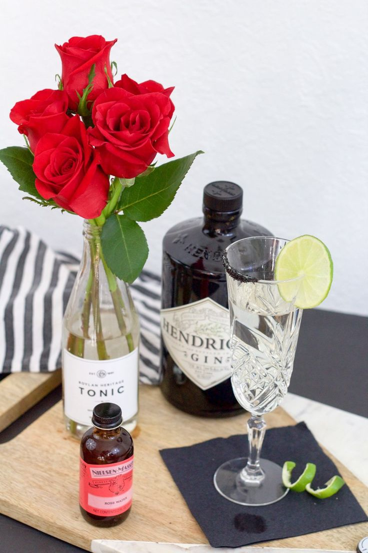 Rose Gin and Tonic | Valentines day cocktail www.arrowsandawe.com