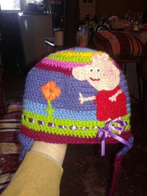 Gorrito peppa pig crochet.