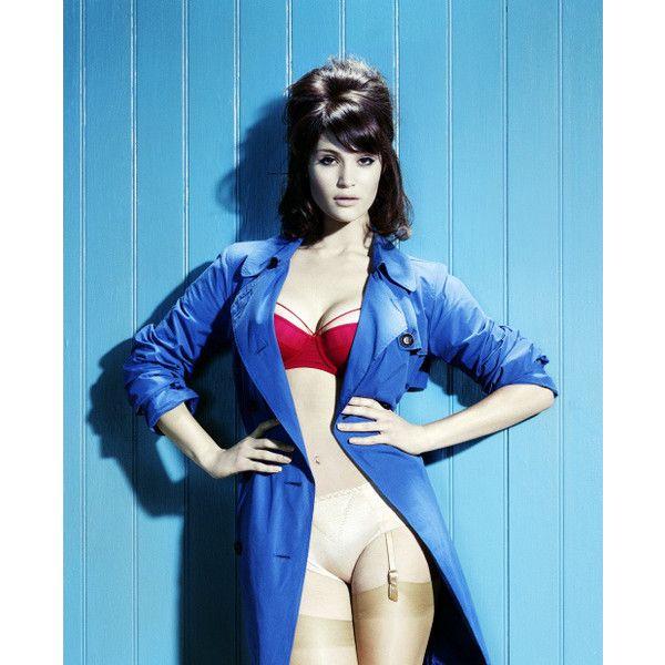 Фото: Джемма Артертон (Gemma Arterton) ❤ liked on Polyvore featuring gemma arterton and models