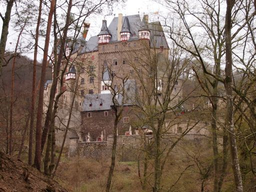 Burg eltz wedding