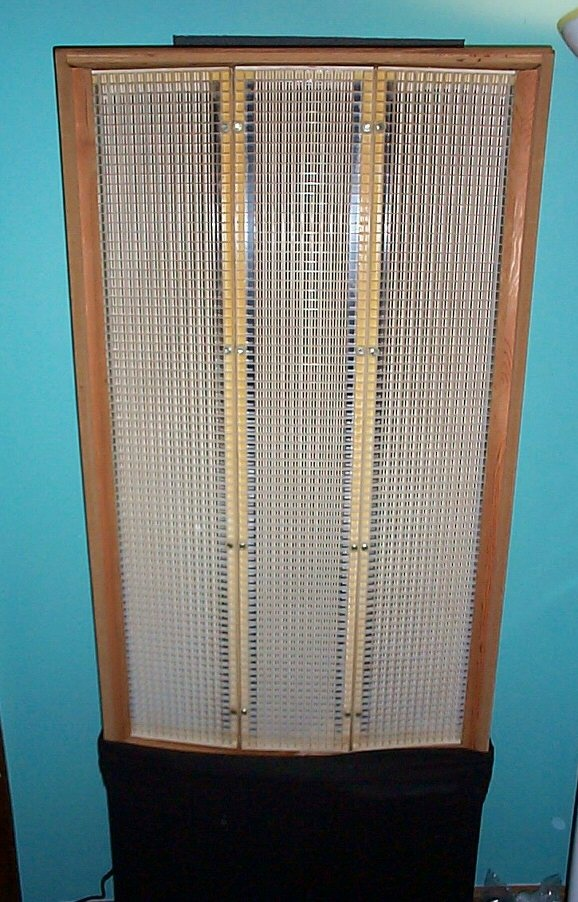 Acoustat, a typical electrostatic panel loudspeaker, had tremendous clarity and detail but tended to beam high frequencies resulting in a narrow listening position. At one time many companies made electrostatic speakers, now only a few DIYers and Martin-Logan (a 1980s company) remain in the USA. Dynamic range compression and lack of ability to produce high SPLs, especially in the bass, ended their widespread popularity in the USA.