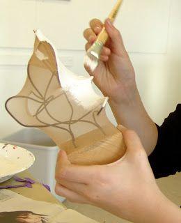 Smid aldrig dine gamle strømper ud!!!Se hvad de kan blive til. Det er ren metaformose.  Skulpturerne her er lavet af pigerne på mit ældste...