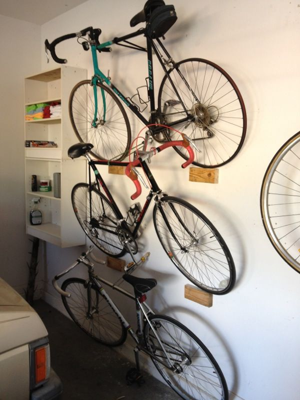 Stacking leaning garage bike rack - Imgur (This may come in handy at your next apt.)