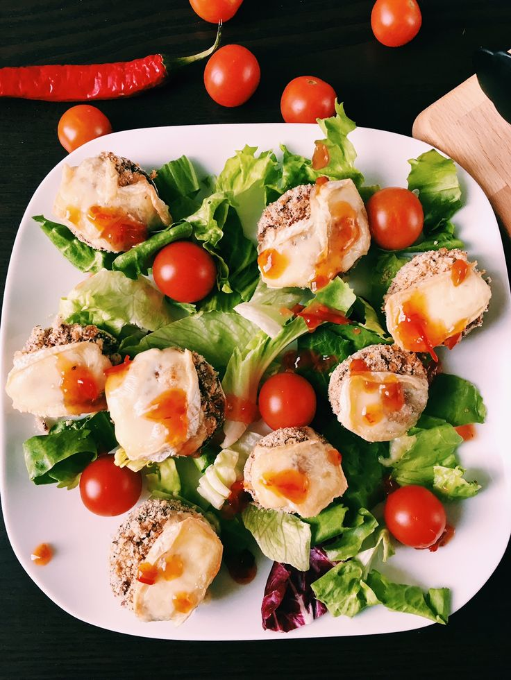 Stuffed mushrooms salad