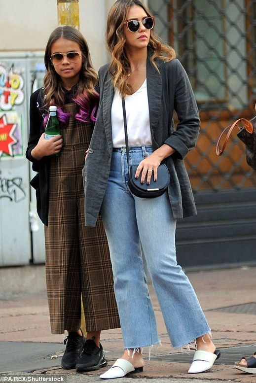 a178d86a53 Jessica Alba Clothes and Outfits   Page 4   Star Style - Celebrity fashion