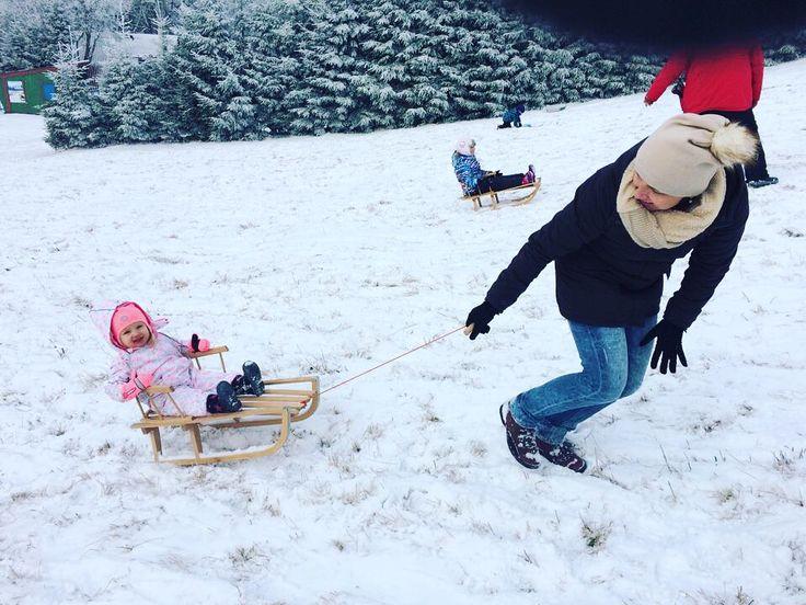 zimowe szaleństwa na śniegu ❤️❄️ #kids #motherandbaby #love #girl #snow #fun