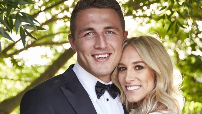Sam and Phoebe Burgess' sea of love #honeymoon