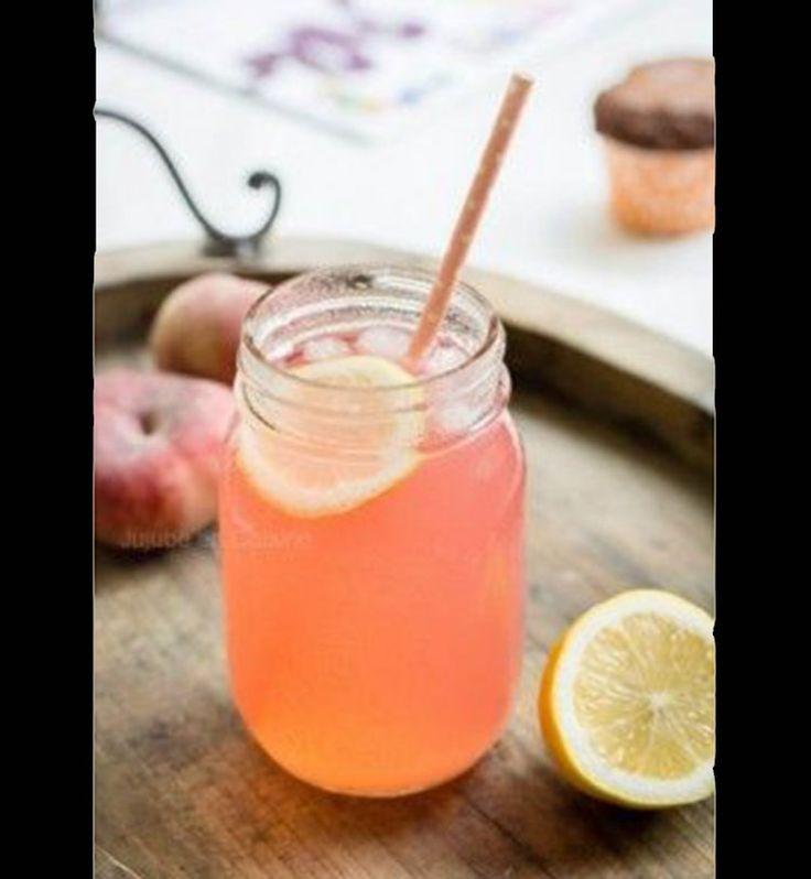 Detox water et smoothies: les boissons parfaites pour une cure de détox - Cosmopolitan.fr Une citronnade détox à la pêche