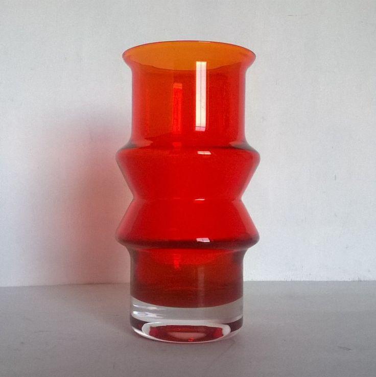 Riihimaki Tuulikki vase 1519 by Tamara Aladin - Dark orange / red by BlindDogVintage on Etsy